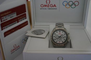 Omega Speedmaster Broad Arow Olympic Collection Box Papiere 2010